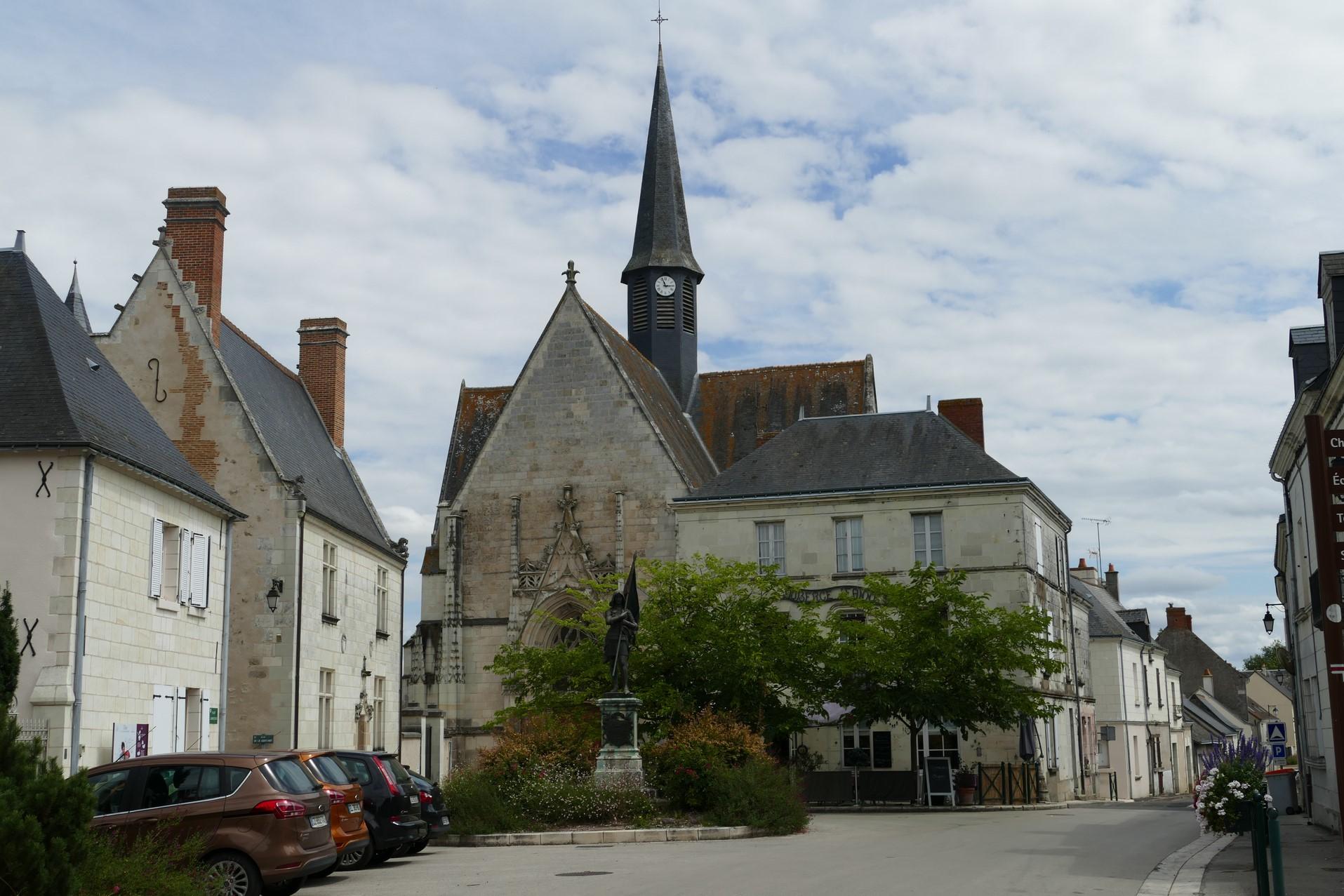Sainte-Catherine-de-Fierbois - église Sainte Catherine
